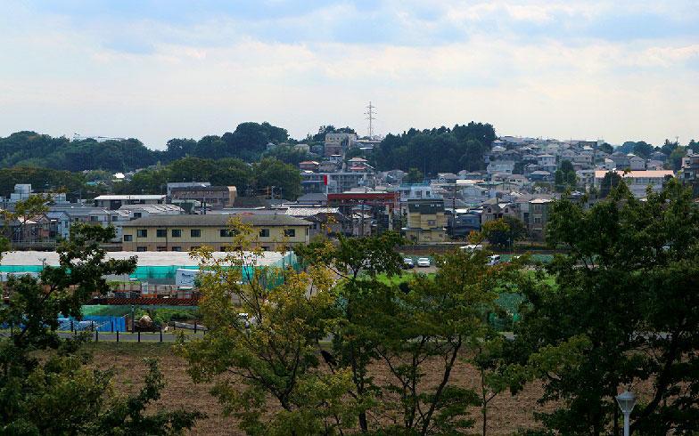 【画像10】新横浜駅と小机駅の間に広がる住宅街(写真撮影/小野洋平)