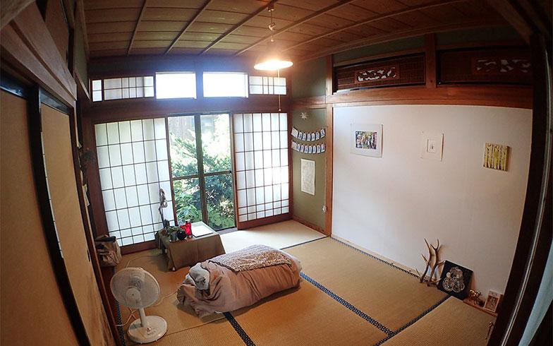【画像5】家賃は2万円~3.5万円+共益費1.5万円でインターネットや駐車場も利用可能(写真撮影/玉置豊)
