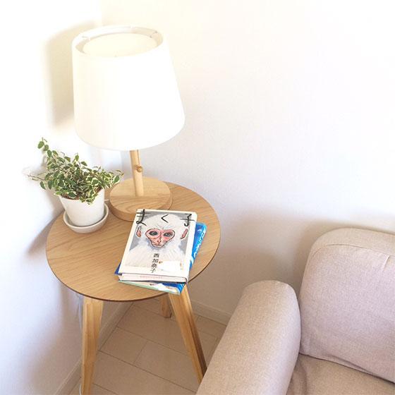 【画像4】kyoooko.aさんお気に入りの1枚(その1)愛読している西加奈子さんの本が置かれた場所で、プロフィール画像にも使っている(画像提供/kyoooko.aさん)