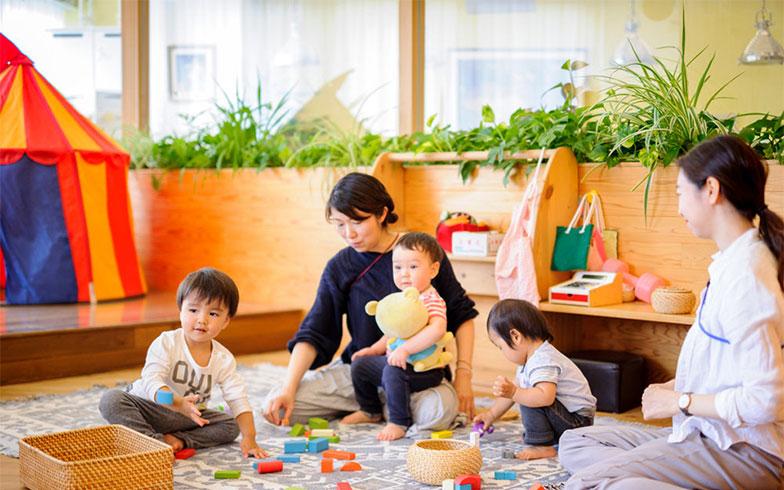 【画像6】7階の子育てヴィレッジ。3歳までの子どもたちが保育士とともに過ごします(画像提供/RYOZAN PARK)