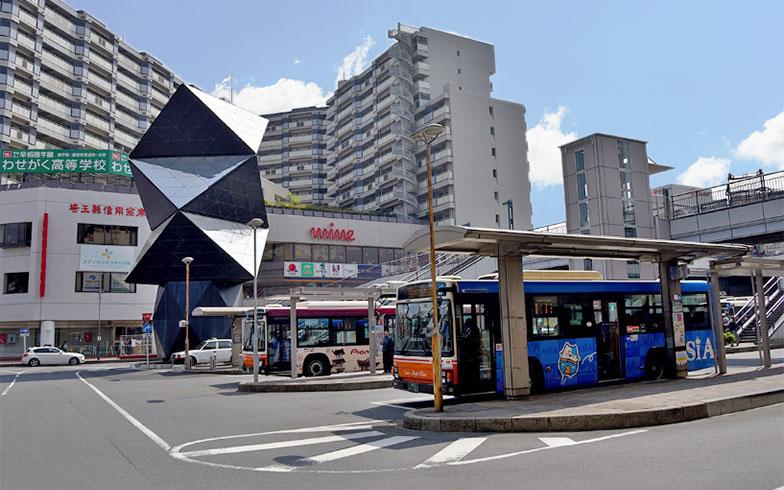 整備された駅前のバスロータリー(写真撮影/小野洋平)