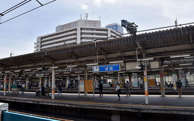 赤羽駅のホーム(写真撮影/小野洋平)