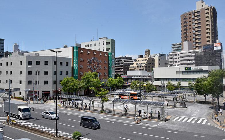 葛西駅前のバスロータリー(写真撮影/小野洋平)