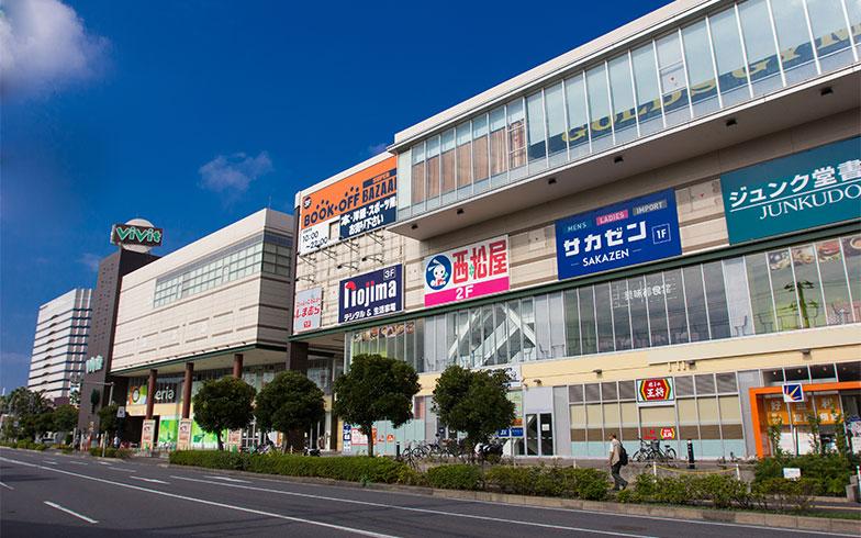 南船橋駅周辺のショッピングモール(写真/PIXTA)