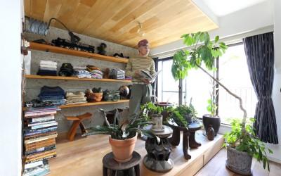 BEAMS流インテリア[2] 世界各国のアンティーク家具・民芸品がつくりだす極上おもてなし空間