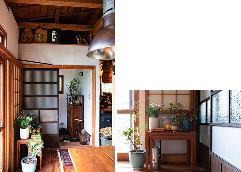 レトロな模様のガラス入りの建具や障子は、この家の雰囲気に合わせて近藤さんがアンティークショップ巡りをしてサイズが合うものを探し出した(写真撮影/片山貴博)