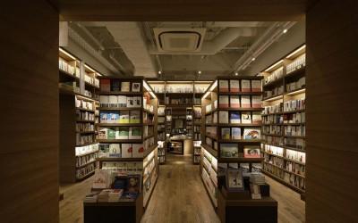 蔦屋書店に聞く! 本棚のおしゃれなレイアウト&収納アイデア