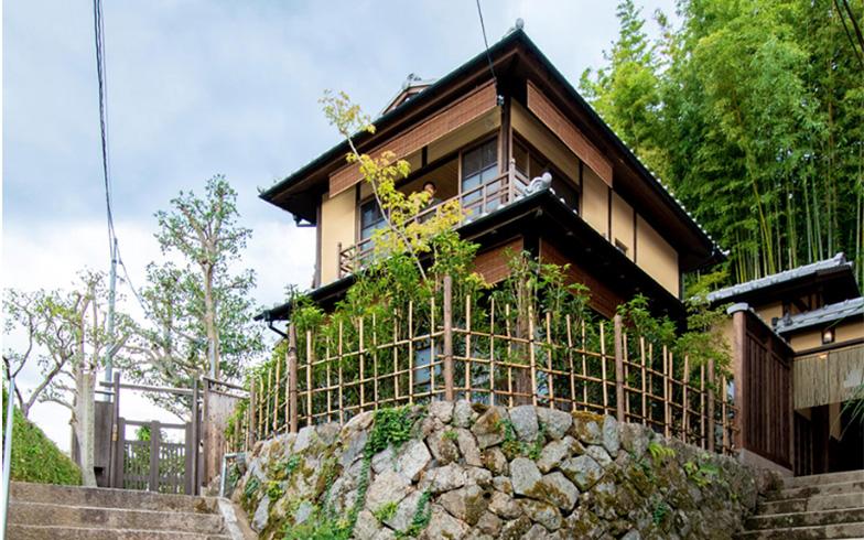 ベストバリューアップ賞「OMOTENASHI HOUSE」。風致地区の高台という立地の良さも活かされています(写真提供/株式会社八清)