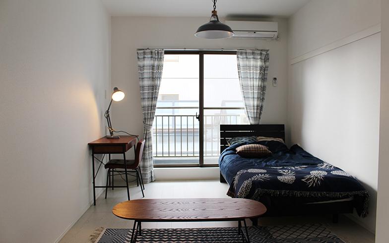 個人の居室は、ベッド・デスク・ローテーブルを置いても十分な広さ。自分の好みにカスタマイズできそう(写真撮影/SUUMOジャーナル編集部)