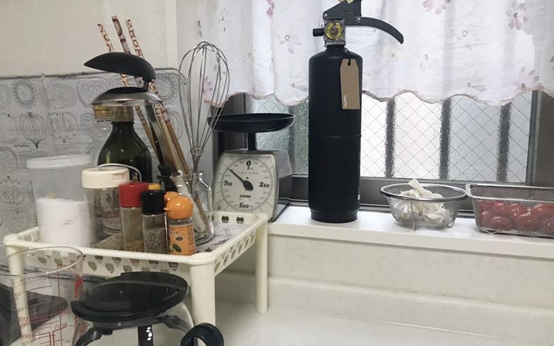 清水さんのお宅のキッチンにも「+ 住宅用消火器」が(写真提供/清水範子さん)