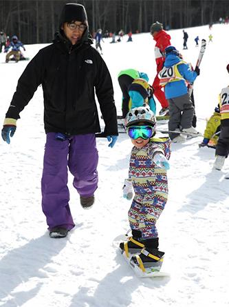 冬はスノーボードに挑戦(写真撮影/古後さん)