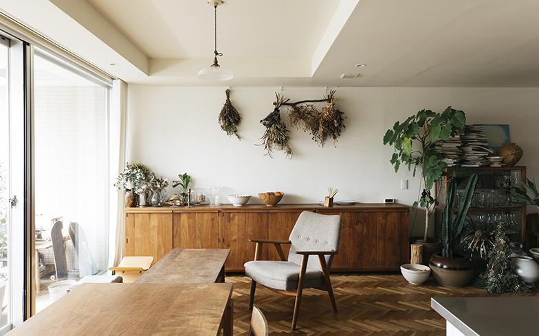 料理家のキッチンと朝ごはん[3]後編 ワタナベマキさんの収納と、新生活におすすめの道具5選