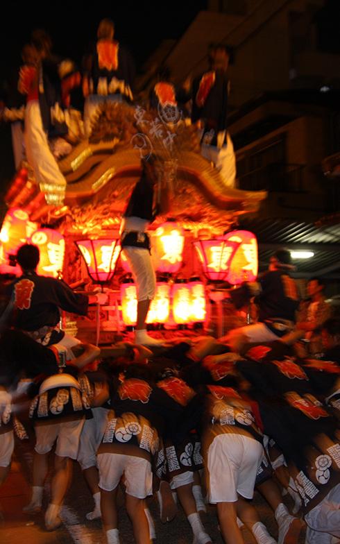 毎年行われる杭全神社のだんじり祭り(写真提供/PIXTA)