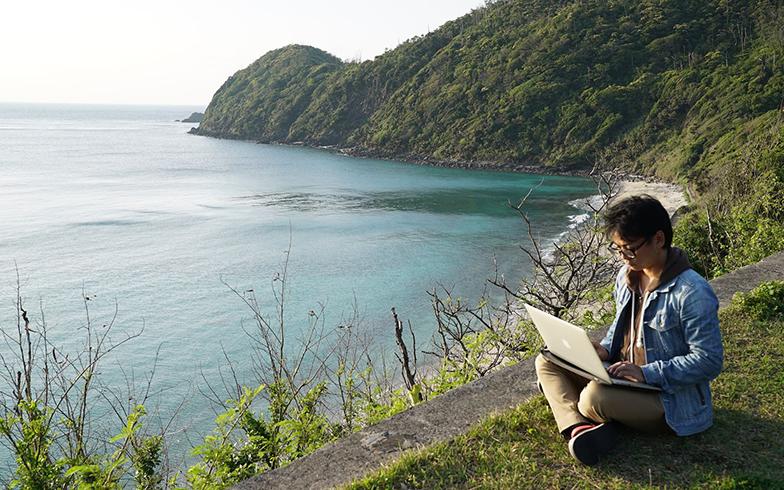 島でのリモートワークってどう?「ITアイランド」奄美大島と姫島に聞いてみた