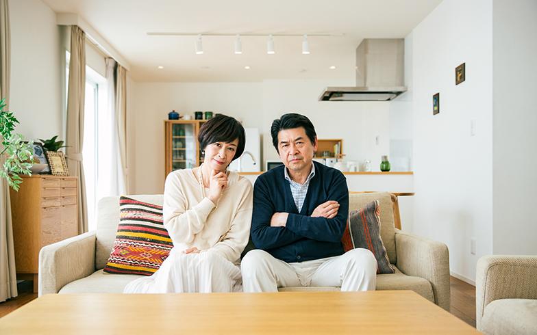 50代の9割近くが金銭面に不安!マイホームを持って老後2000万円を用意するには?