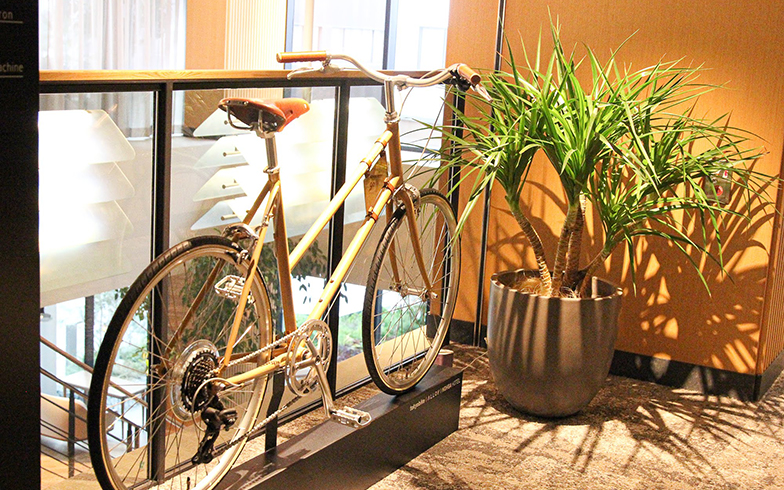 洗練されたデザインと高い機能性を誇る「トーキョーバイク」の自転車は、国内外にファン多数。ツアーに使用される自転車は、スポーツバイク初心者にも扱いやすい「26」と、乗車姿勢が高く広い視野を確保できる「BISOU 26」(写真撮影/SUUMOジャーナル編集部)