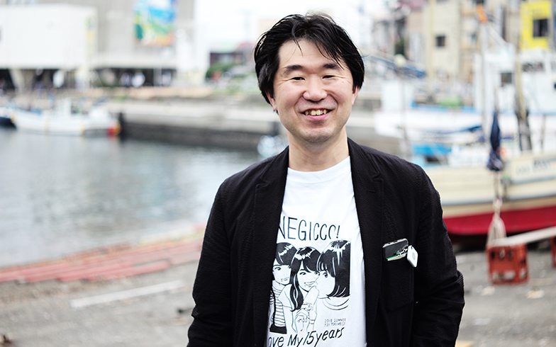 Negiccoファン歴6年の永田さん。推しメンを聞くと「箱推し」、すなわちグループ全体を推すスタイルらしい(撮影/相馬ミナ)