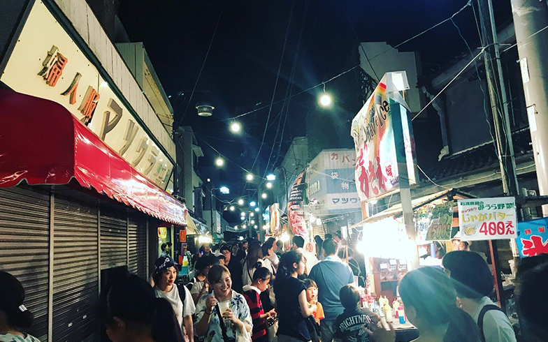 毎年8月13日、14日の2日間は「みうら夜市」で盛り上がる(写真提供/山本葵)