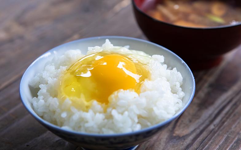卵は、南房総山名のたまご屋さん「すぎな舎」のもの。平飼の有精卵を生産していている。卵かけご飯が最高(写真撮影/片山貴博)