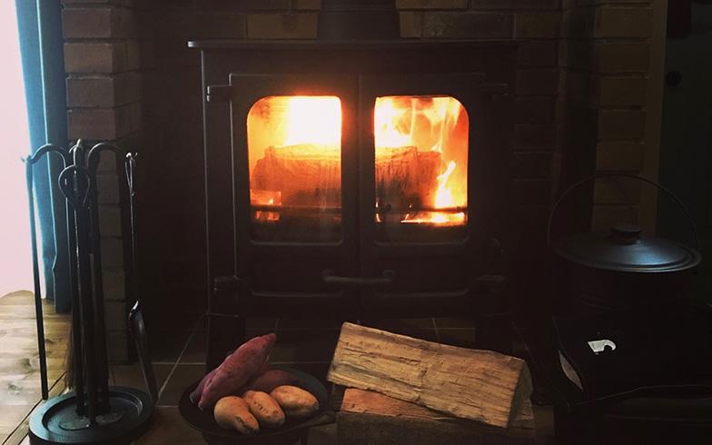 自宅暖炉のイメージ(写真提供/Aさん)