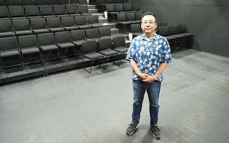 「街の人々に愛され、100年続く劇場にしたい」。蔭山さんはそう熱く語る(写真撮影/吉村智樹)