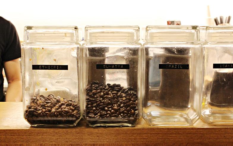 なかには日本初の「ホップ入りコーヒー」という気になるメニューも(写真撮影/SUUMOジャーナル編集部)