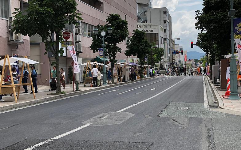 市中心部の七日町周辺。近年、感度の高い若者が集まりつつあるシネマ通り(写真撮影/介川亜紀)