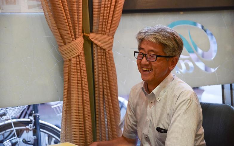 取材中ずっと笑顔の盛岡市都市戦略室 室長 高橋宏英さん。「盛岡という星で」では、プロジェクトの責任者(写真撮影/菅原茉莉)