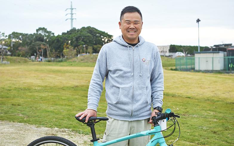商工観光課の中村さん。自らも自転車に乗る機会が増えたという(写真撮影/相馬ミナ)