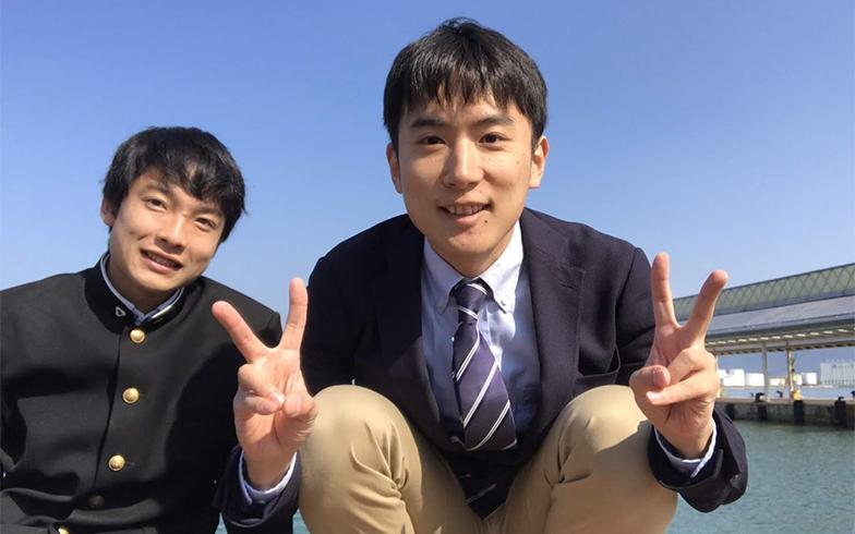 鈴木さんと一緒にいるのは高校魅力化コーディネーターの、通称「うっしー」こと、牛木さん(画像提供/鈴木さん)