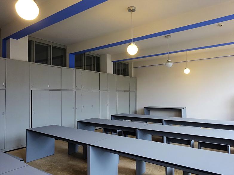 北棟の教室。この教室には室内に手洗い場もあった