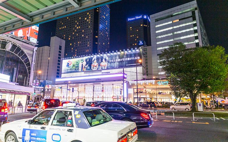 品川駅高輪口。高輪ゲートウェイ駅へは、ここから歩いてサクッと行ける近さ(写真撮影/辰井裕紀)