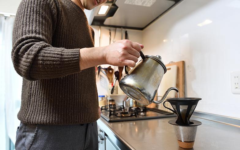 在宅勤務時は家族との昼食で気分を切り替え。コーヒーブレイクもメリハリに(写真撮影/水野浩志)