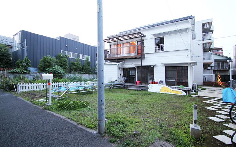 築60年近い木造の戸建てを改修したモクチン企画の事務所(写真提供/モクチン企画)