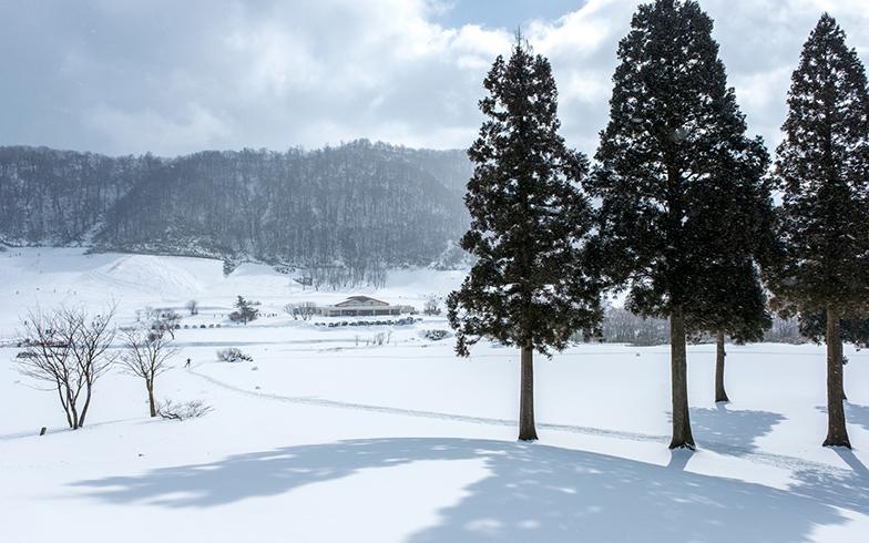 大山鏡ヶ成の雪景色(写真/PIXTA)