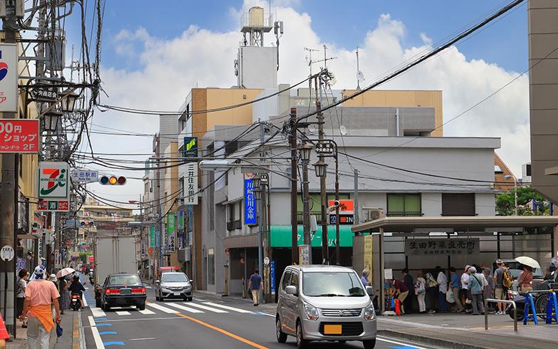 生田駅前(写真/PIXTA)