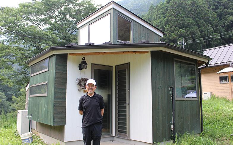 小菅村のタイニーハウスのひとつ(写真撮影/SUUMOジャーナル編集部)