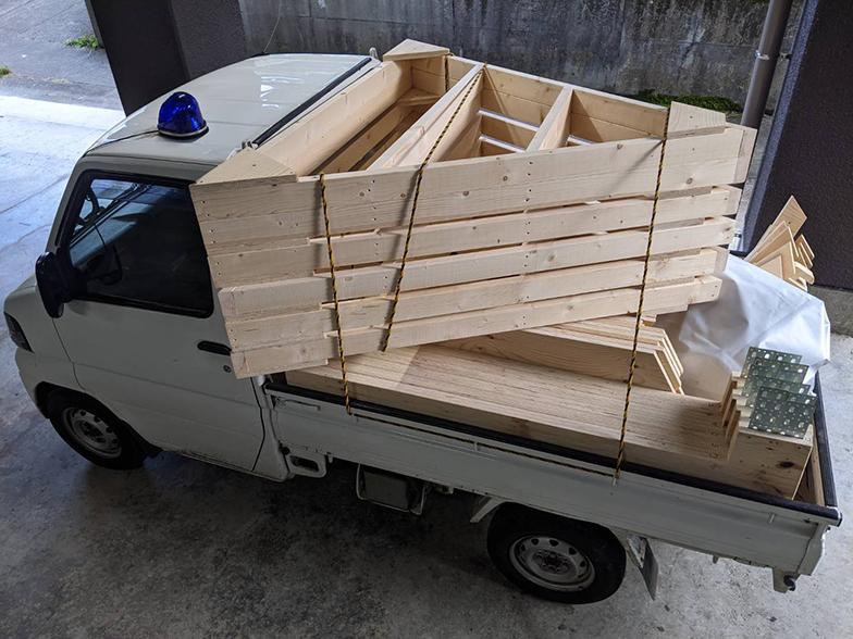 材料は軽トラック一台で運べる(写真提供/小菅村)