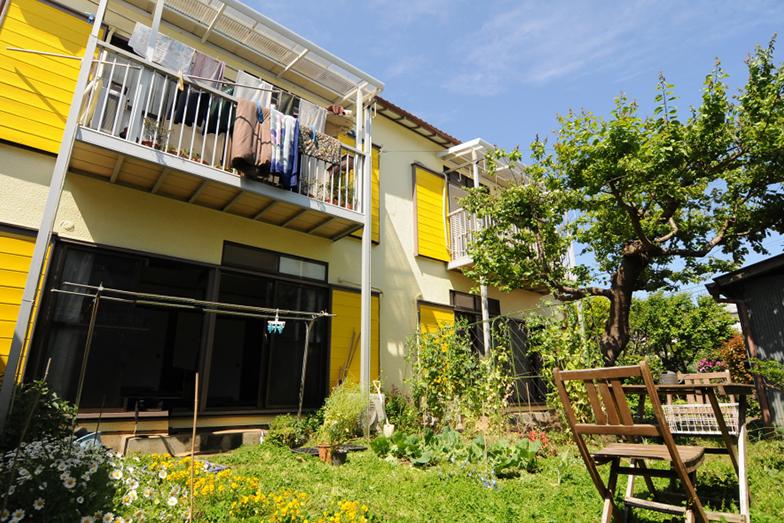 神奈川県二宮の庭付きアパート。駅近ながら自然豊かな環境(画像提供/太平洋不動産)