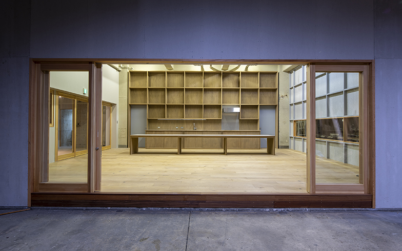 木製の建具が目印(写真提供/桃山建設)