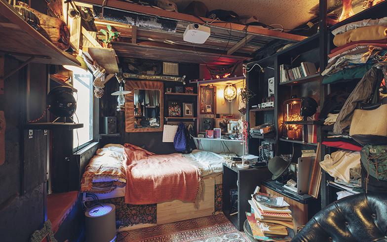 コンテナ内部の住まい。こちらはSAMPOを主宰する村上さん夫妻が暮らしている部屋。おしゃれ!!(写真撮影/嶋崎征弘)
