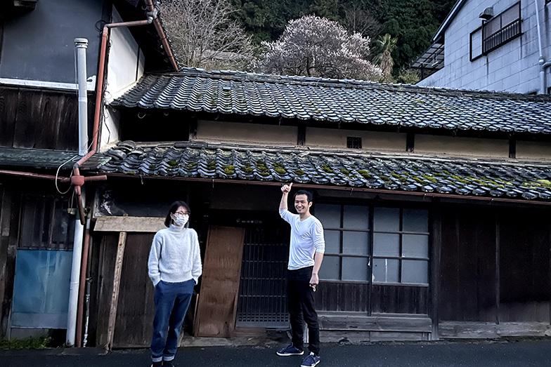 他府県から駆けつけてくれた友人も改修を手伝ってくれ、開業前から仲間が集まるように(写真提供/浅井さん)